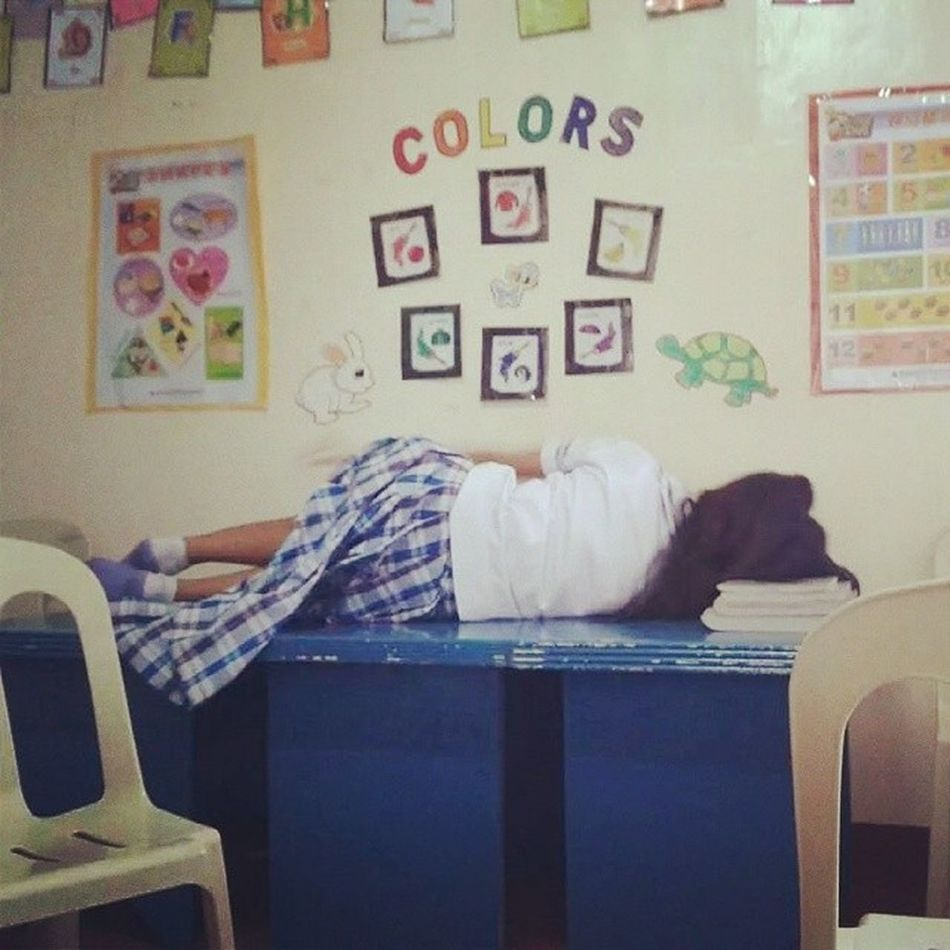 Throwbackthursday  Yung imbis na mag review kame? Higa pa more! Hahahaha! TutorDays Jiyan
