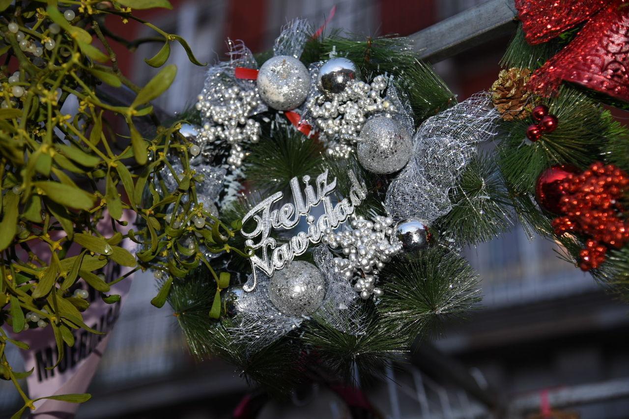Christmas Decoration Merry Christmas Everyone Merry Christmas🎄🎅🏻 Bon Nadal A Tothom Bon Nadal! ¡Feliz Navidad! Plaza Mayor Christmas Ornament