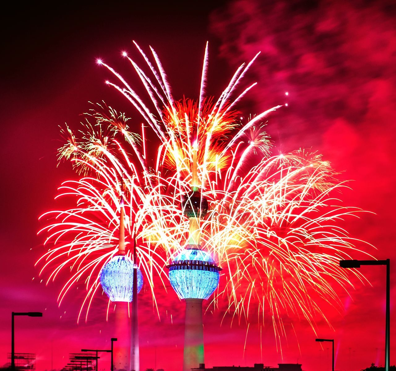 Photography In Motion Fireworks Kuwait Kuwait Towers كويت الكويت أبراج الكويت ابراج الكويت ابراج الكويت 👌 العاب نارية العاب نارية Celebrating Kuwait Towers in March 5th Colour Of Life