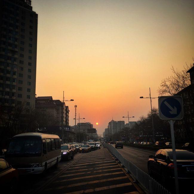 Beijing 二环路 IPhoneography Sunset Sunset #sun #clouds #skylovers #sky #nature #beautifulinnature #naturalbeauty #photography #landscape Spring