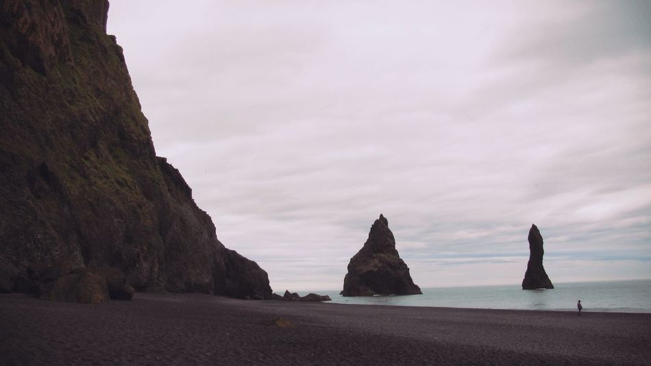 The deafening silence of nature The KIOMI Collection Showcase April Reynisfjara Iceland Iceland_collection Black Sand Beach Beachphotography Seascape Nature_collection Travel EyeEm Nature Lover EyeEm Best Shots