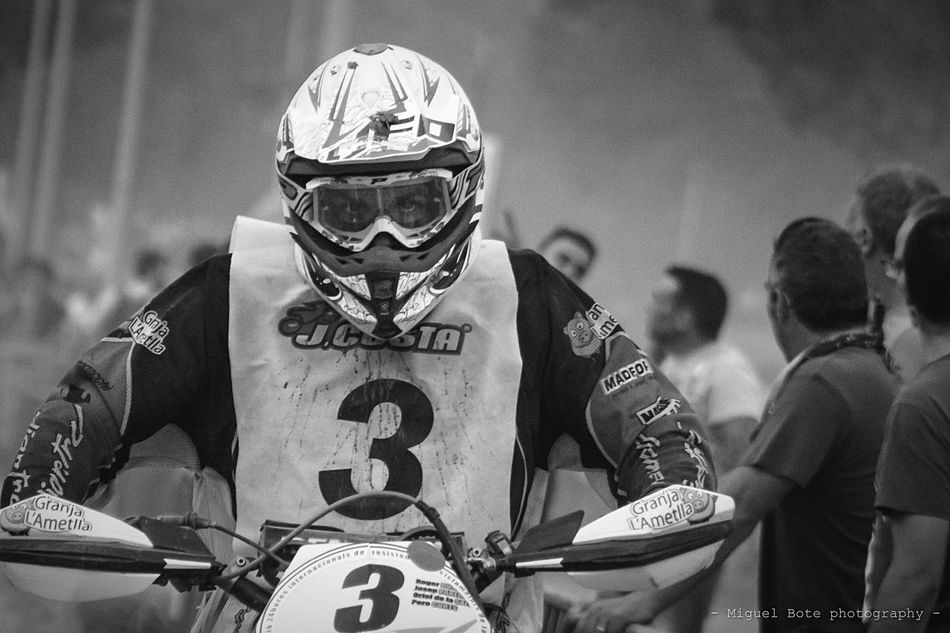 - killer eyes - .... All rights reserved @bote_83 .... #moto #motor #motorcycle #motosport #resistencia #sportlife #brakes #circuit #streetphotography #streetphoto #streetcircuit #urban #yosoyfotógrafo #pintofotografía #stunnershots #ig_spain #igworldclub #igersvoriental #igvo #igersvalles #lliçadamunt #24hours #canon_official #Canon_EOS_500D #canon_photos #sunset Men Headwear Helmet Real People Outdoors Motorcycles Motorsport Motocross 24h Race