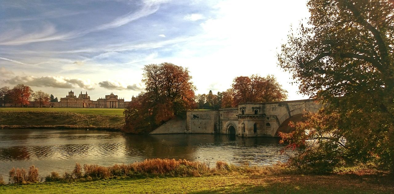 Sky Tree Built Structure Cloud - Sky Water Reflection Architecture Building Exterior Nature No People Outdoors Lake Nature Beauty In Nature Autumn Colors EeyemBestEdits EyeEm Best Shots Tranquil Scene Blenheimpalace Bridge - Man Made Structure Countryside Autumn Landscape Blenheim Palace