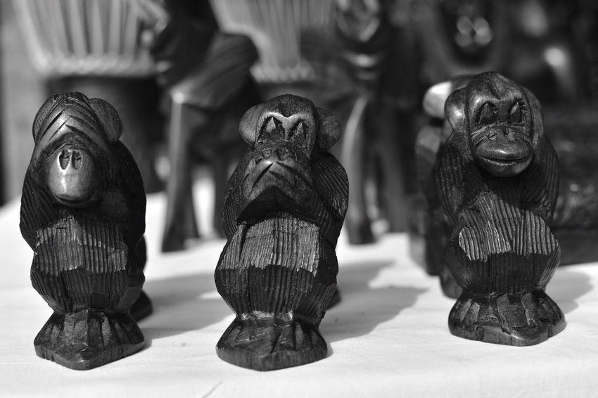 Speak /hear/see 🙈🙉🙊 Statue SeeNoEvil HearNoEvil SpeakNoEvil Fleemarket Art And Craft