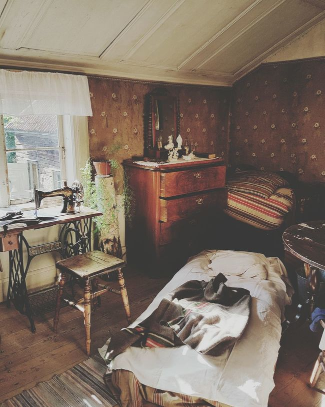 Cozy Place Sweden Oldtown Oldcity Old But Awesome Old Buildings Oldvillage House Sweets Old House LongTime