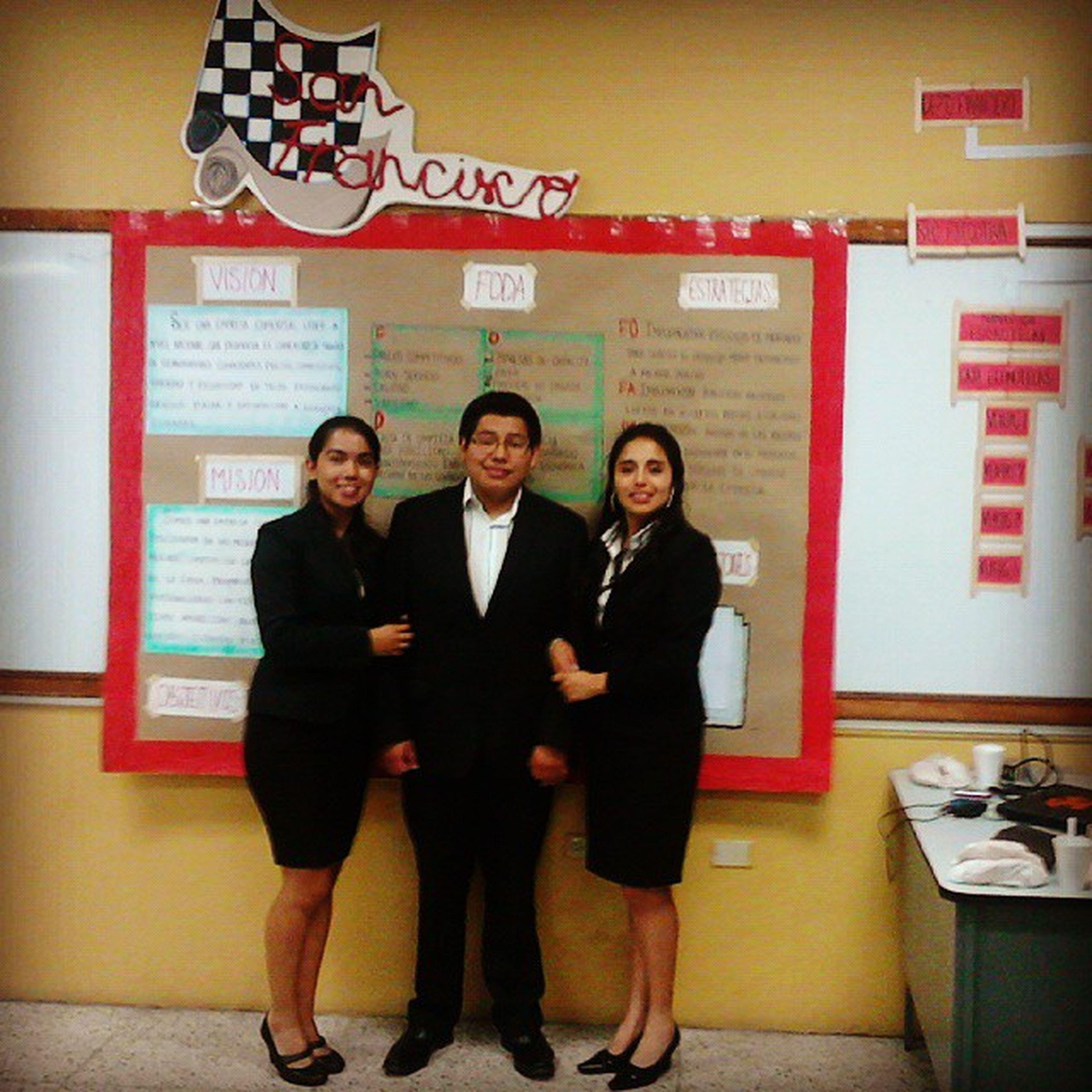 Gracias a papá Dios todo un éxito la Presentación de nuestro proyecto. Graciasportusbendiciones