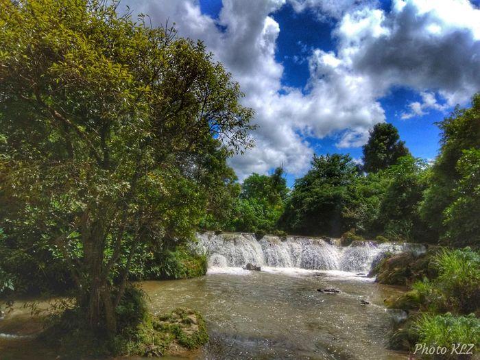 Lost In The Landscape Water Tree Nature Smartphone Photography Smartphonephotography Smart Phone The Week On EyeEm Pyin Oo Lwin December Garden Waterfall Beauty In Nature Pyinoolwin_memo