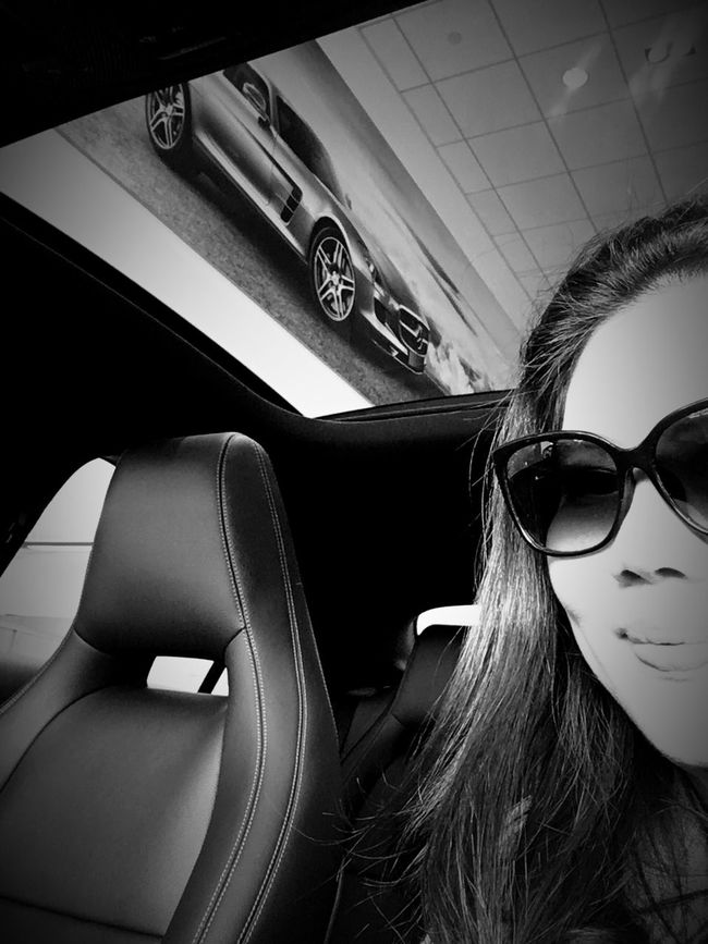 Just window shopping and day dreaming 😍 Mein Automoment Need For Speed Girl Power Self Portrait Blackandwhite Original Experiences Feel The Journey Taking Photos EyeEm Best Shots Hello World Enjoying Life
