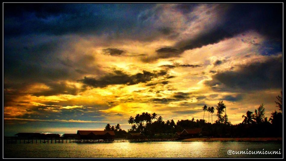 """Clouds come floating into my life, no longer to carry rain or usher storm, but to add color to my sunset sky. """"Rabindranath Tagore"""" #MeMissMyHappySunset! Nite you... Nite universe"""