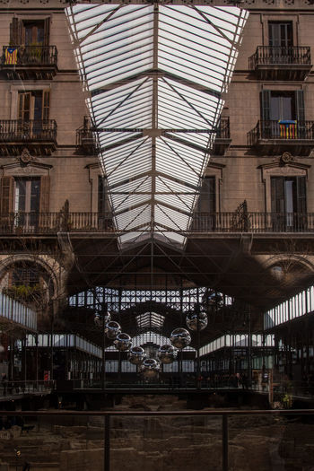 Architecture Barcelona Barcelona, Spain City Leading Lines Lines Market Perspective Perspectives Reflection Urban Exploration Urban Geometry Architecture Building Building Exterior Built Structure City El Born Indoors  Light And Shadow Mixed Outdoors Reflection_collection Reflections Urban