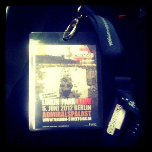 Es war sooooooo unglaublich gut!!!! Admiralspalast Streetgig Berlin Concert Telekom Linkinpark 10likes