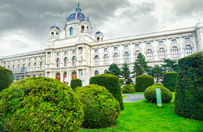 The Museum of Art History (The Kunsthistorisches Museum), Vienna Architecture Dramatic Sky Kunsthistorisches Museum Kunsthistorisches Museum Wien Moody Sky National Trees Vienna Built Structure Day Famous Place Fine Art Green Lawn History Landmark Landscape Lawn Museum Museum Of Art Museum Of Art History Park Springtime Summer Topiary Topiary Art