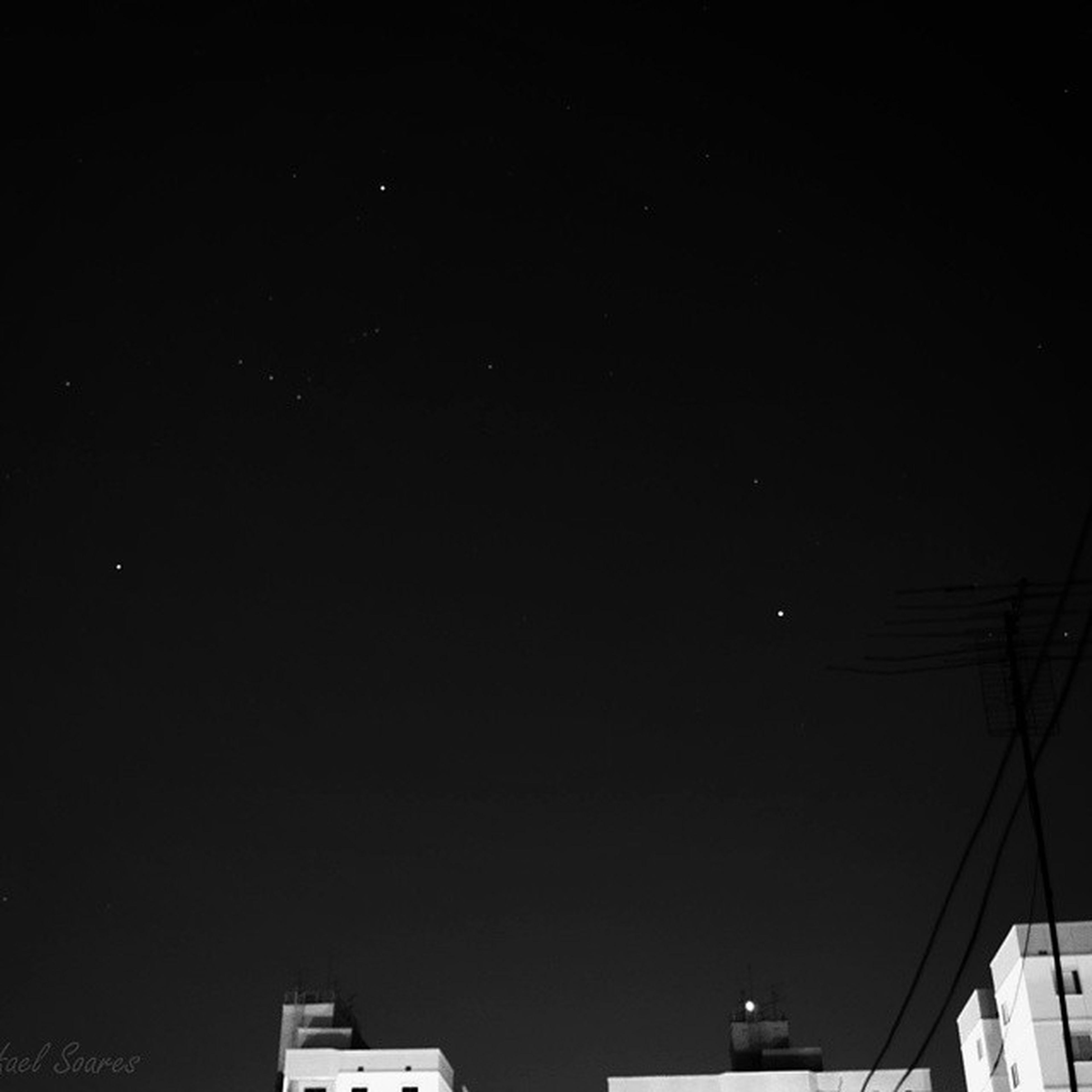 Quem disse q não dá pra fazer longa na cidade?? ?❤ Metropole Vscocam VSCO Fotografebrasil photo photography photooftheday skyporn