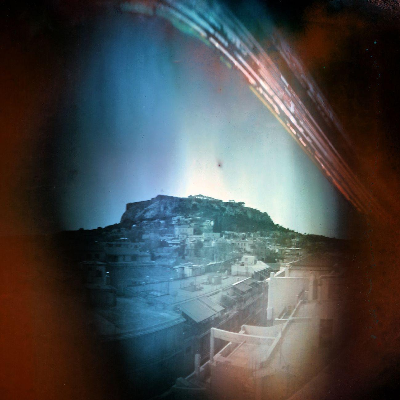 Acrópolis desde Plaka. Atenas. Con Virginia Filippousi. Exposición: 15/03 a 20/06/2015. Solarigrafia Solargraphy Long Exposure Pinhole Photography Solidaritywithgreece Acropolis, Athens Greece