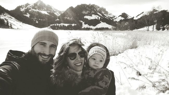 Switzerland Lac Noir Schwarzsee Nature Mountains Lake Winter Snow Ice Windy Portrait Family Son
