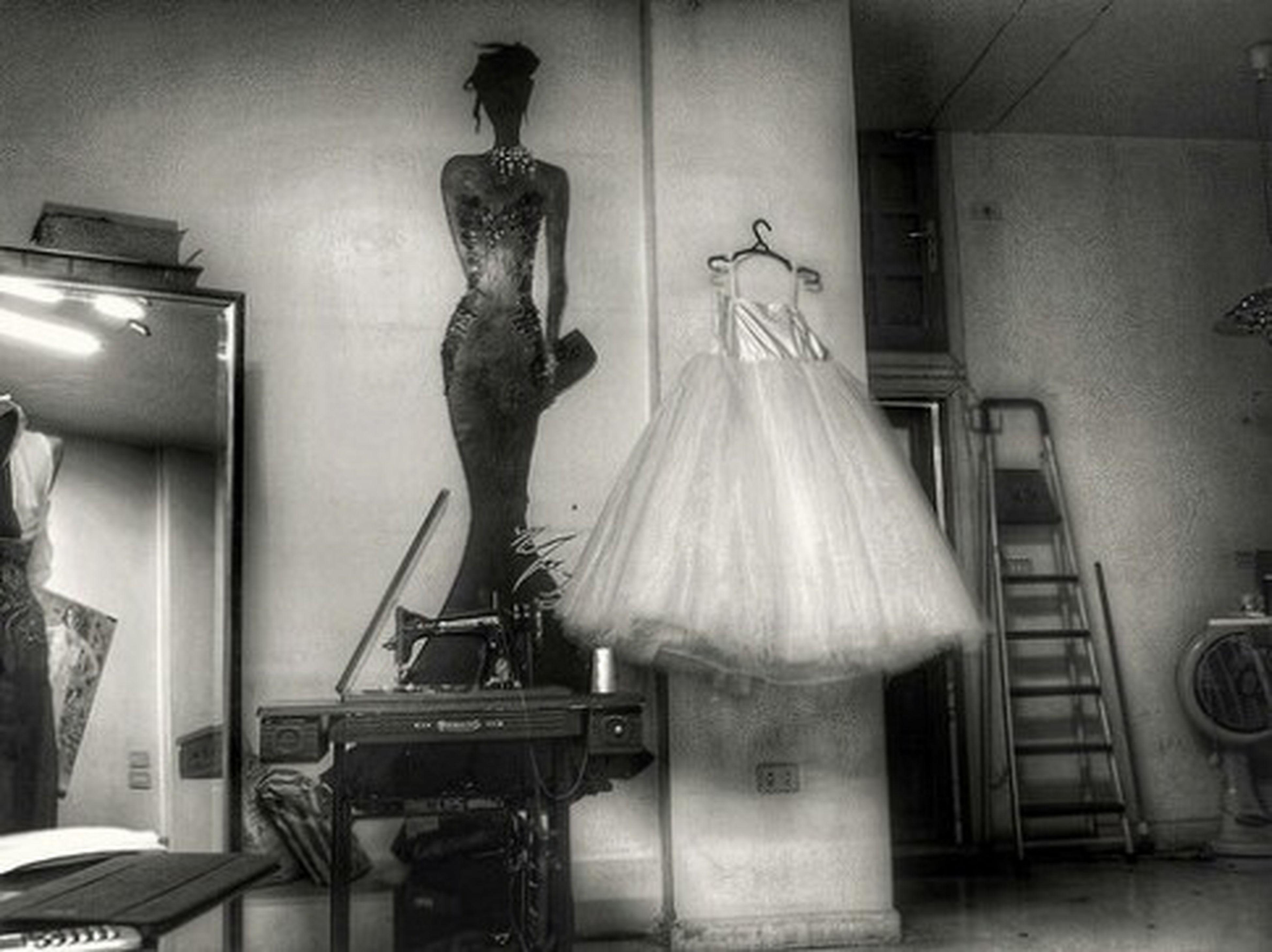 NJ Fahion House Fashion Atelier Black And White Photography Black & White Bride Dress Handmade Mirror Fashionhouse Pearls Damascus