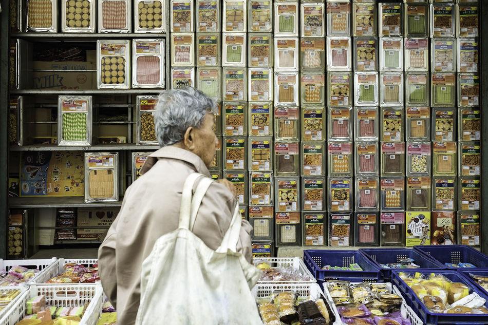 ตลาดเช้า เชียงดาว Chiang Dao Chiang Mai | Thailand Market Morning Rear View Store Streetphotography Thailand