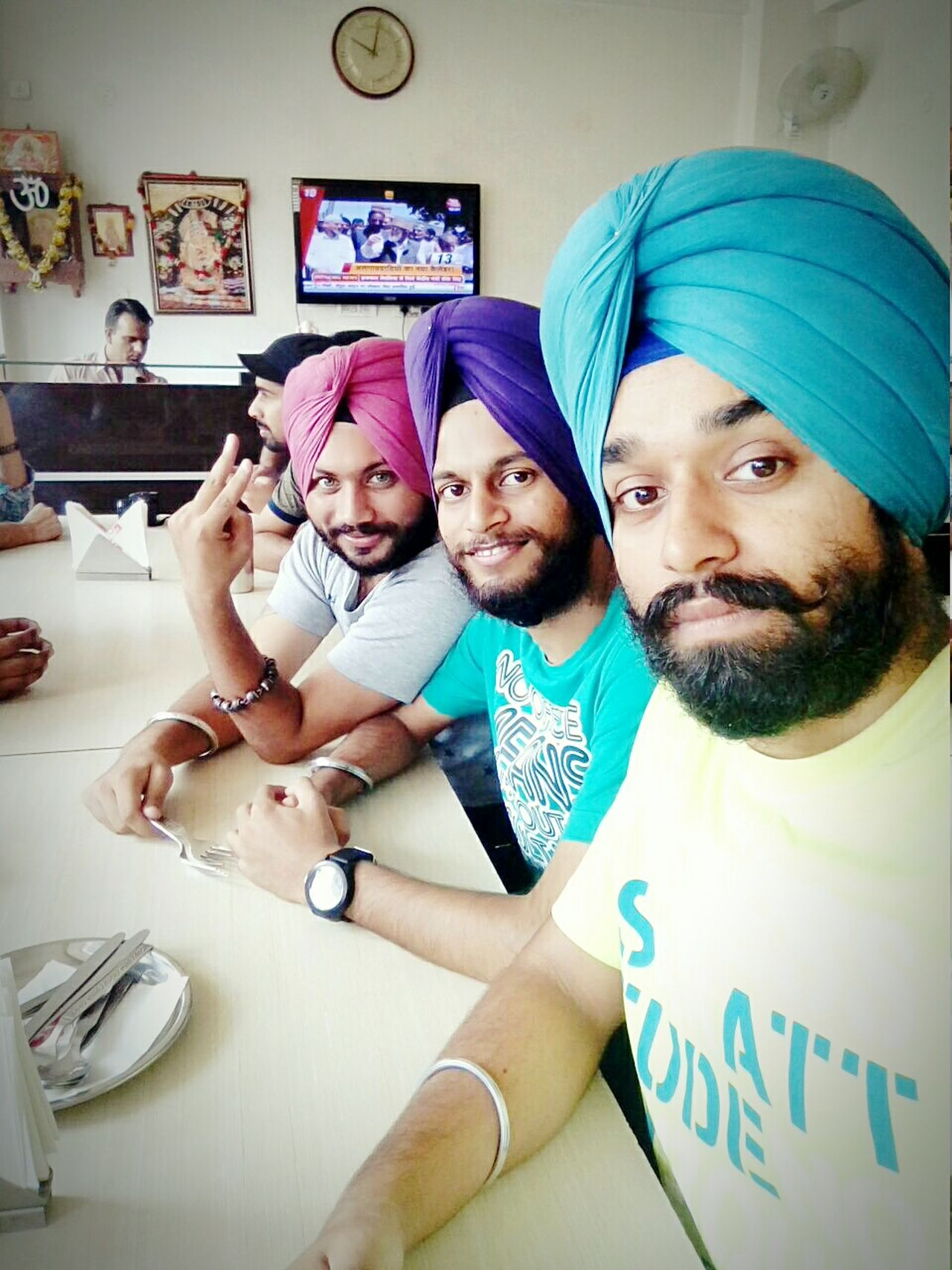 Trip adventure Hanging Out Taking Photos Hello World Enjoying Life Relaxing First Eyeem Photo Sikhism Turbanstyle Patialashahipagg Punjabishoutoutz Punjabi Gabruz