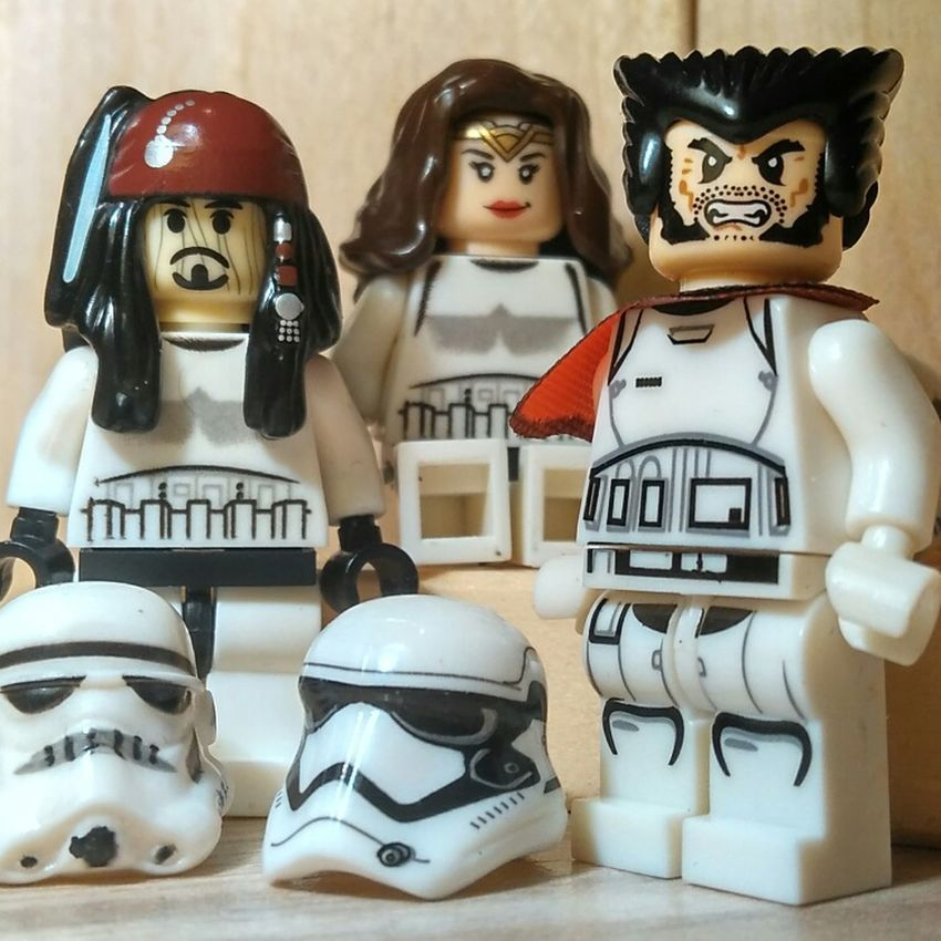 Cameos in the next episode. Star Wars Stormtroopers Parody Jack Sparrow Wonder Woman Wolverine Pirates Of The Caribbean Justice League X-men Mutant Crossover Johnny Depp Gal Gadot Hugh Jackman Redmi2 White Minifigures Figurines  DC Comics Marvel Cameo