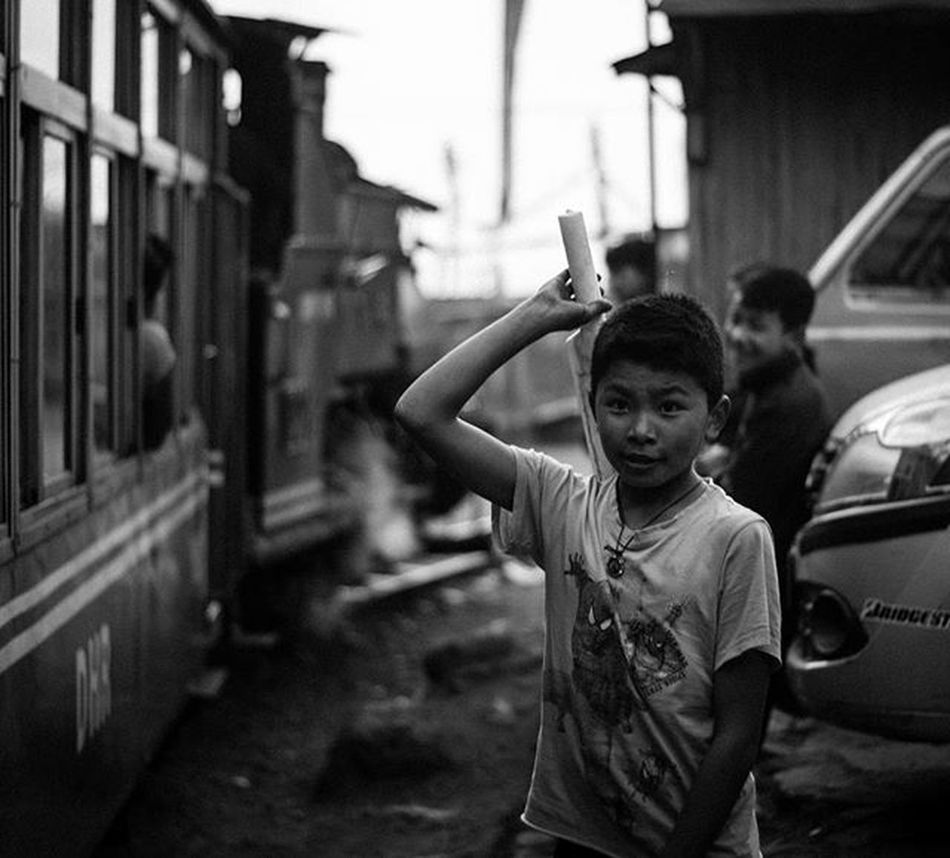 A local kid playfully waves at tourists in passing Toy Train . . . . Streetportrait Portrait People Kids Jj_streetphotography Moodygrams Highcontrast Foto_blackwhite Amateurs_bnw Bnw_planet Bnw_rose Bnw Travel Travelingram Natgeotravel Lonelyplanetindia Ig_india Ig_bengals OnlyinIndia IndiaLove Natgeo Betterphotography Onlyinbengal Indiaphotoproject Streetphotographyindia _oye _soi indiastreet indiaig desi_diaries