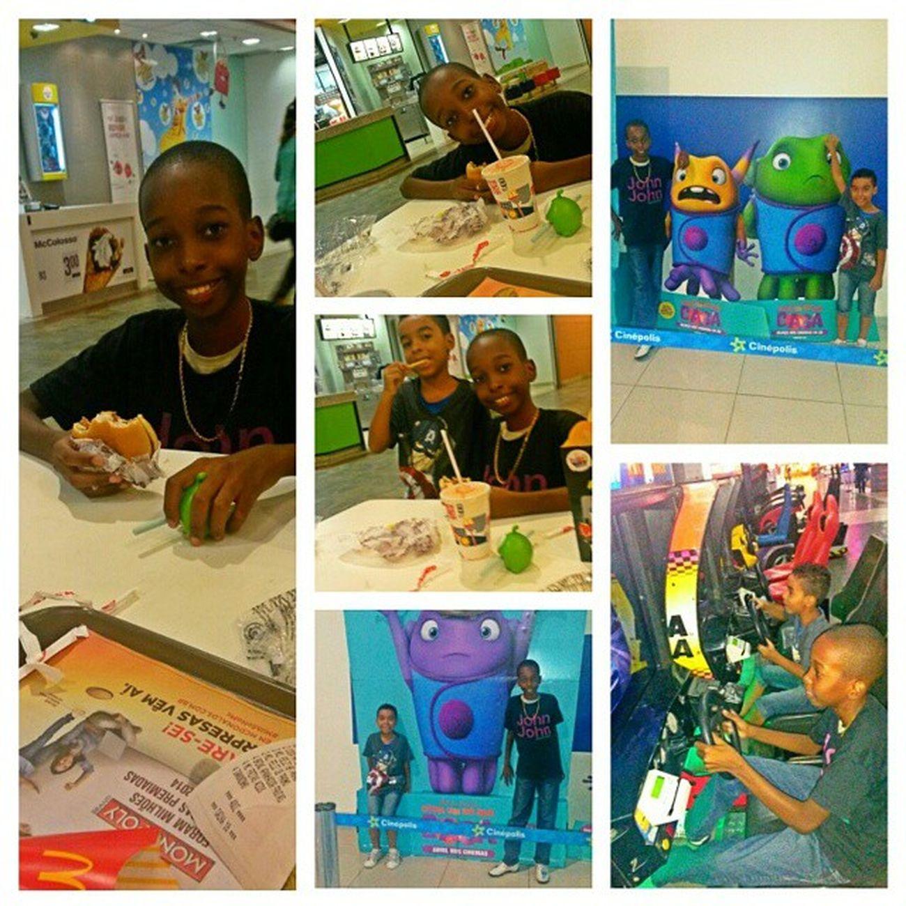 Amores😍😍 Cinema 🎬🎥 Playtoy 🎮 McDonald 's 🍔🍟 Instasize