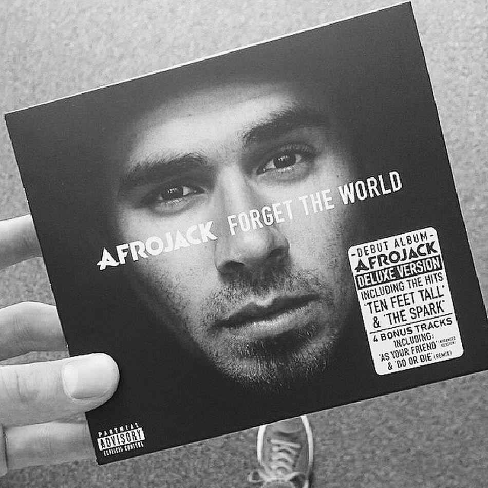 Afrojack Forgettheworld Illuminate ft Mathew Koma <3