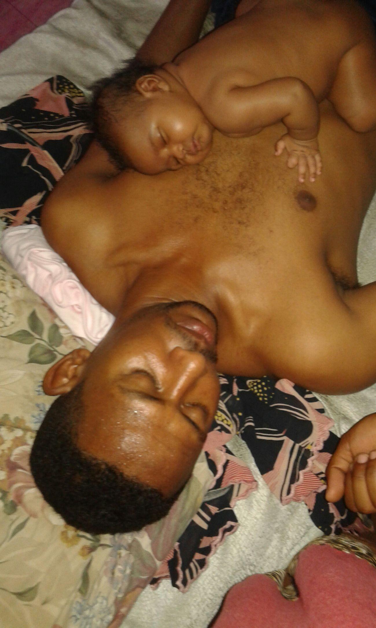 ابنتي ردينا ونوم بمنتهي البراه