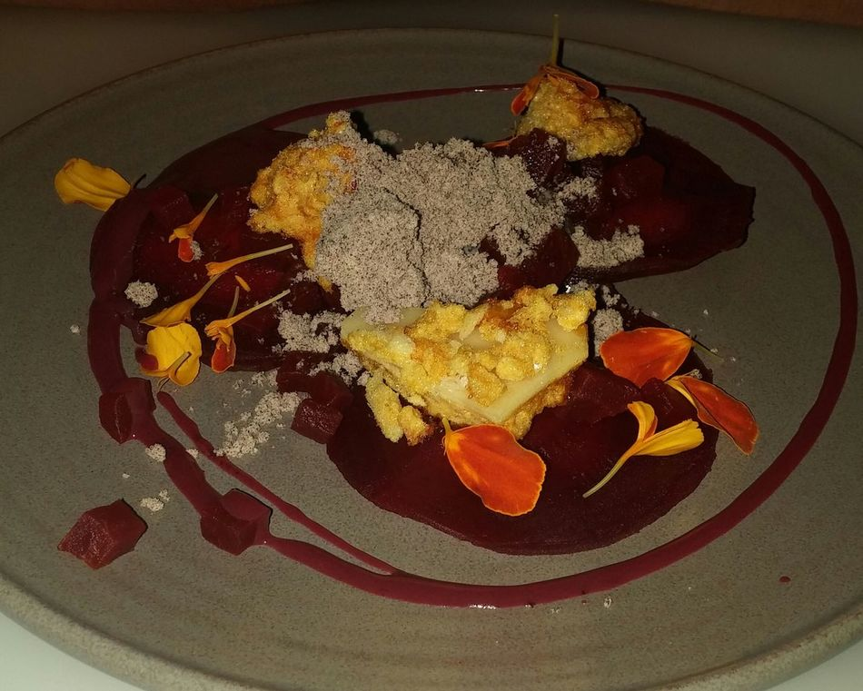 Beetroot Honeycomb GoatsCheese Todiefor
