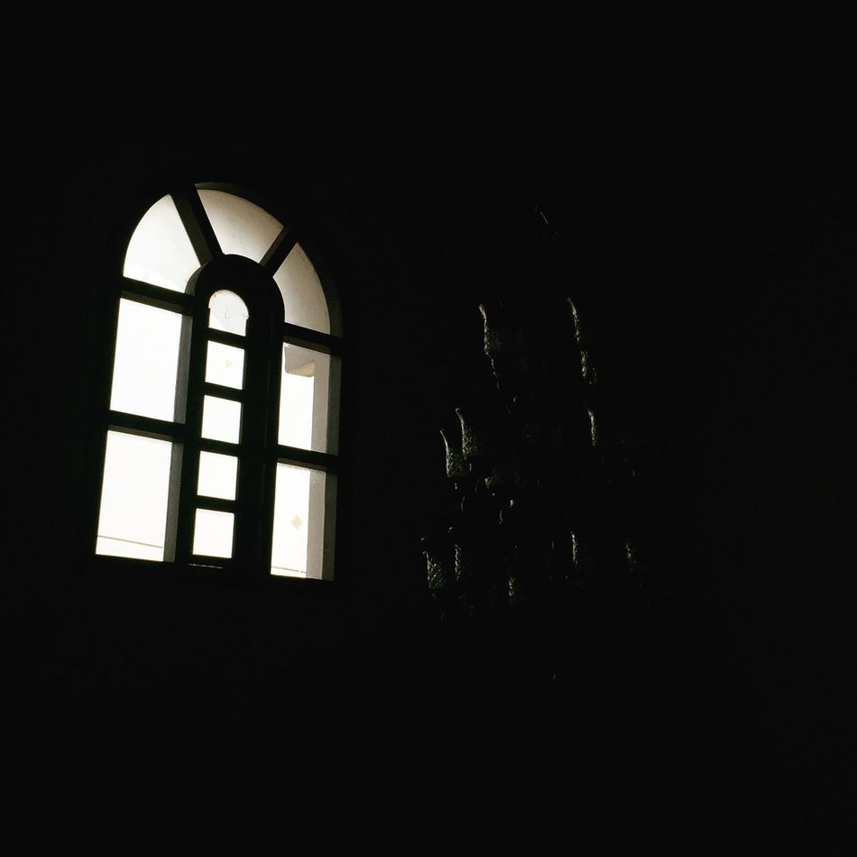 the woRLd's bright... but its darK wiThiN Window No People Architecture First Eyeem Photo Viral Day Darkness And Light Visionary Shandilear Antique Bestoftheday EyeEmNewHere