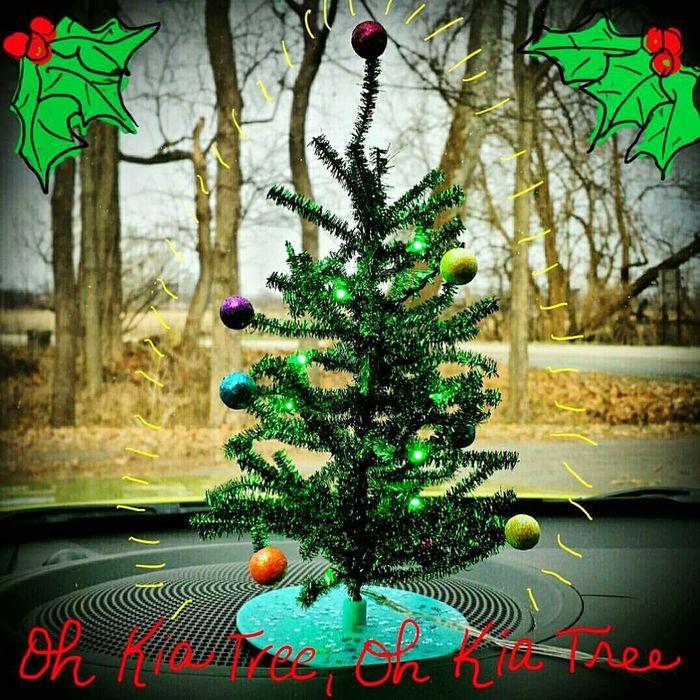Kia KiaSoul Christmas Tree Christmas Time Christmas Decorations Mobilphotography Cars Christmaslights Christmas2015 Festive USB USB -powered Christmas Tree In Our Kia Soul. First Eyeem Photo Cardecor Decorating