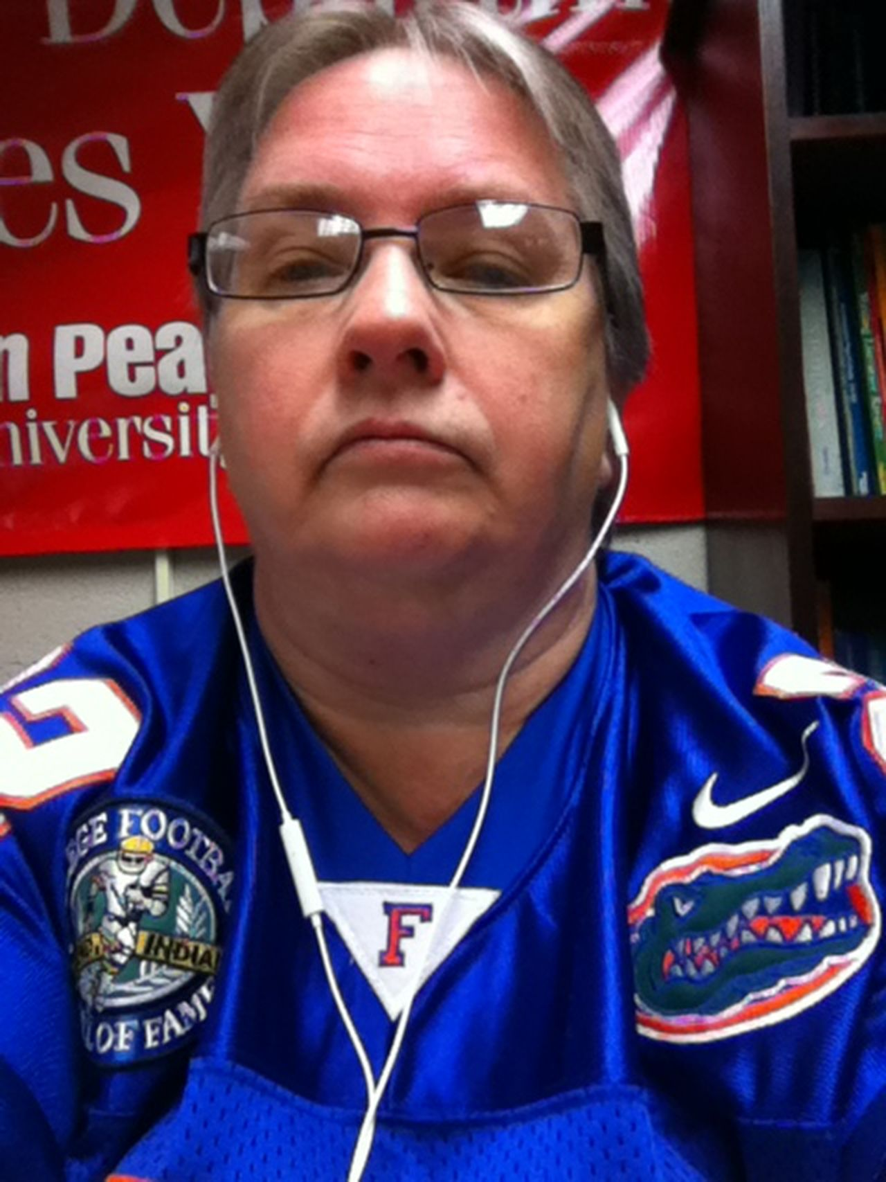 Adult Day Feeling Thankful Florida Gators Fan Good Day Happy Having Fun Indoors  Listening To Music Looking Good Music And Me One Person Proud