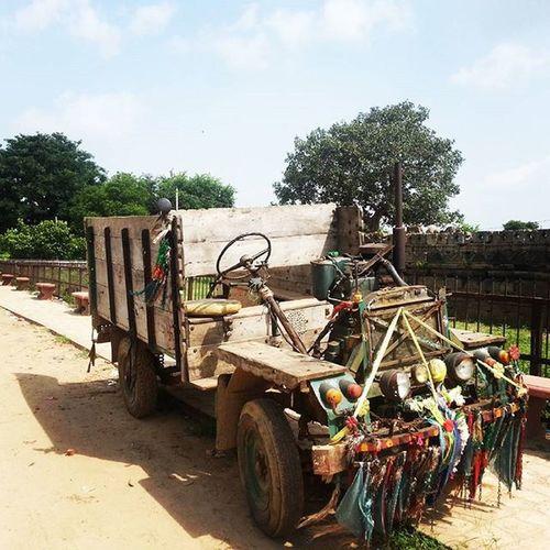 Rural engineering at it's very best... Jugaad ...