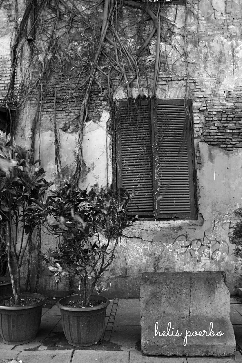 Jumuahmubarak Blessed Day Salamjumuahalmubarakah Streetphotography Streetphoto_bw Bnw_friday_eyeemchallenge Bw_friday_challenge