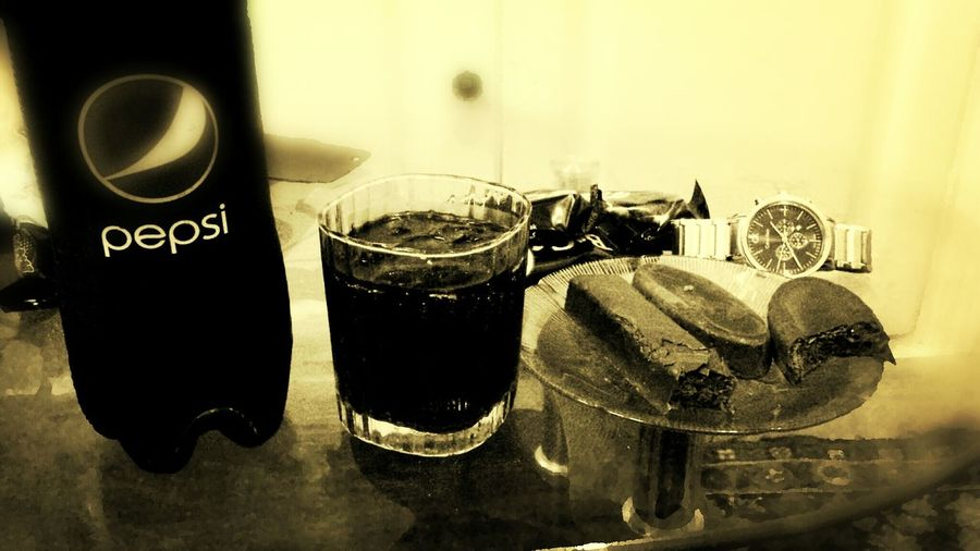 Relaxing Drink A Coke With... Hello World Taking Photos