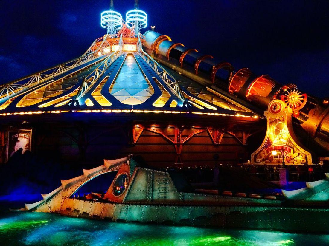 Space Mountain Spacemountain Disney Disneyland Paris Disneyland Paris Castmember Check This Out Roller Coaster
