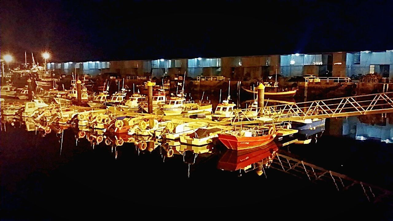Fishing harbor, Cangas🚢🐟🐟 Puerto pesquero, Cangas🚢🐟🐟. Urban 4 Filter Reflected Glory Crystal Clear Water Reflections Reflection Reflection_collection Water_collection Sea Nightphotography EyeEm Best Shots