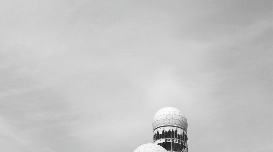 Teufelsberg Teufelsbergberlin Abhörstation Teufelsberg Abhörstation NSA Black And White Black And White Collection  Black And White Photography Grunewald Cold War Relic Monitoring Station Sky
