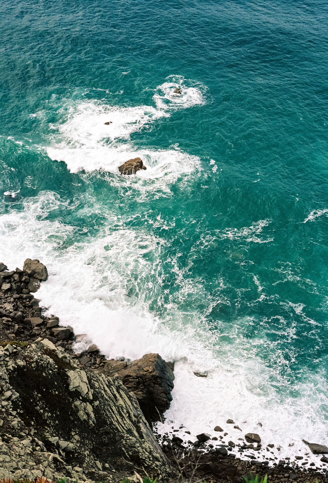 35mm Film Analogue Photography Beauty In Nature Film Photography Filmisnotdead Horizon Over Water Leica Motion Ocean Ocean View Outdoors Power In Nature Rippled Rock Scenics Sea Seascape Splashing Summer Vacation Vacations Voyage Water Waterfront Wave