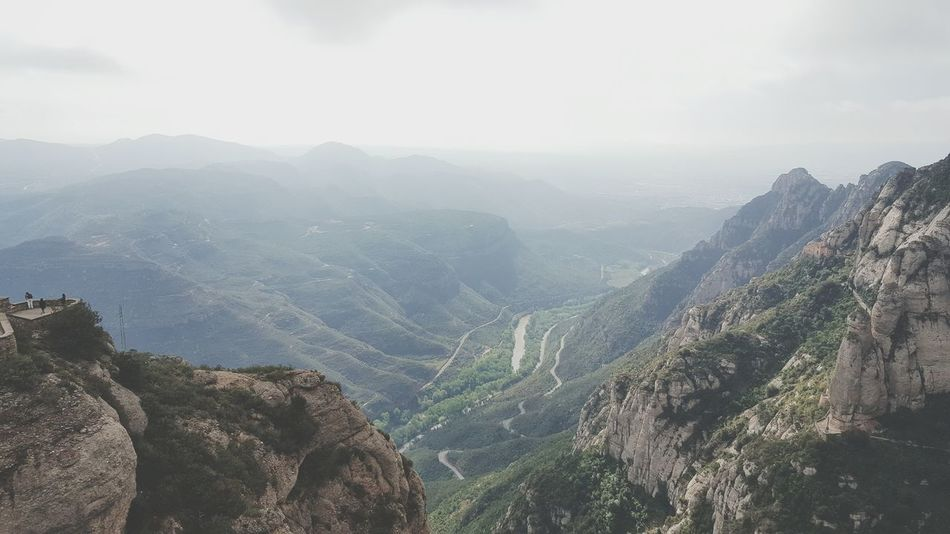 Montserrat España Hello World Mountains Skyporn Montserrat Monastery MyPhotography ESPANA! Altitude Awsomenature Beautifil Landscapes Landscape_Collection Viewofthemountain