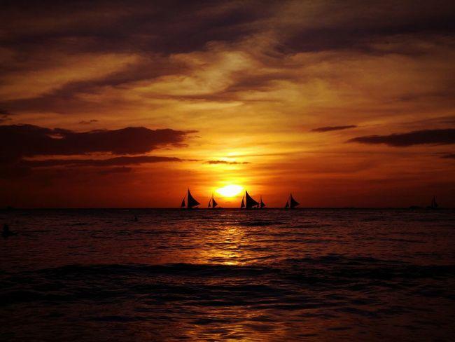 Golden Sunset @ Boracay Island, Philippines First Eyeem Photo Beach Nature Sunset Silhouettes Stunning Scenery Philippines Boracay Aklan