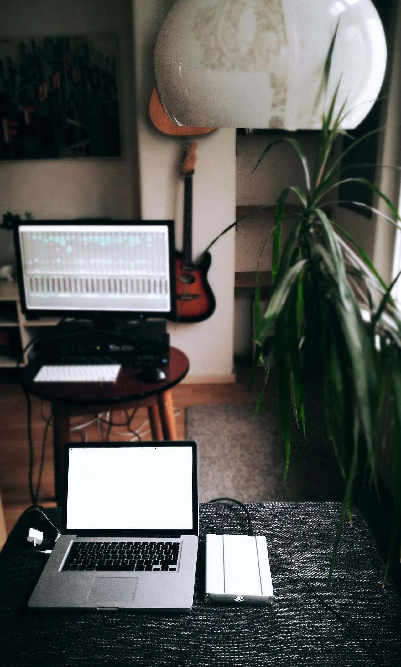 Work Workplace Music MusicProduction Homeoffice Laptop MacBookPro Indoors  Living Room