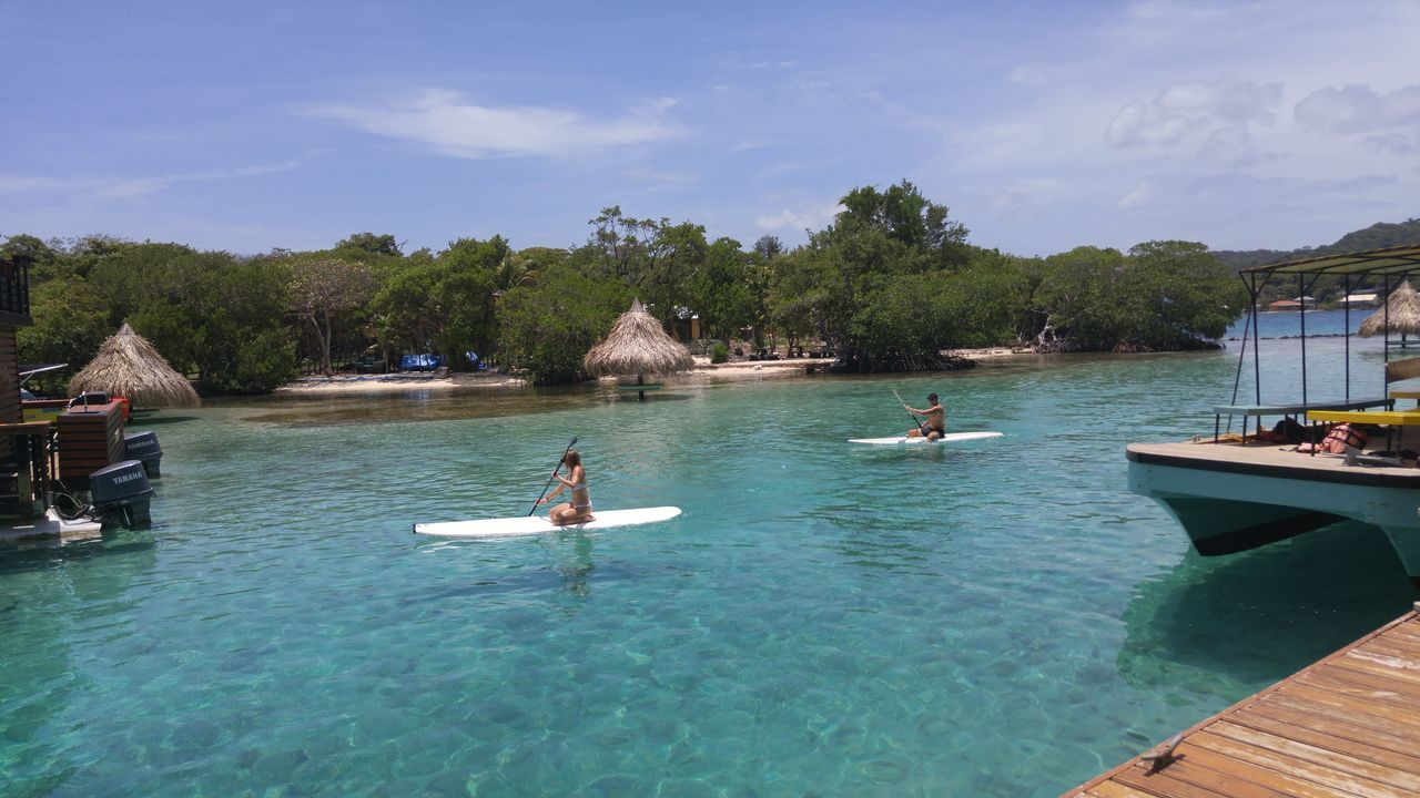 Little French Key, Roatan, Honduras Beauty In Nature Day Little French Key Outdoors People Real People Roatan Island Roatan, Honduras Sky Water