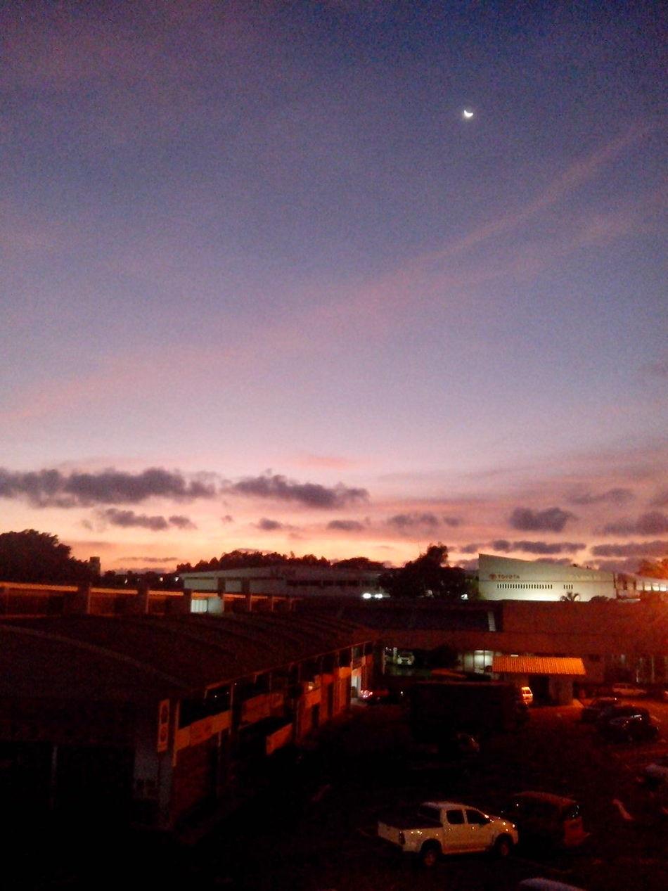 before dark...extraordinary Earth Lights Sunshine Reflection