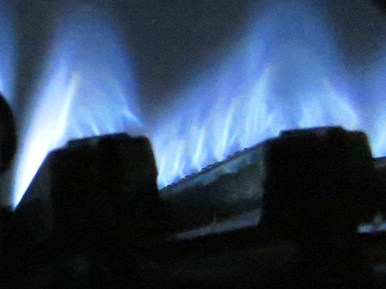 Gas . Energy