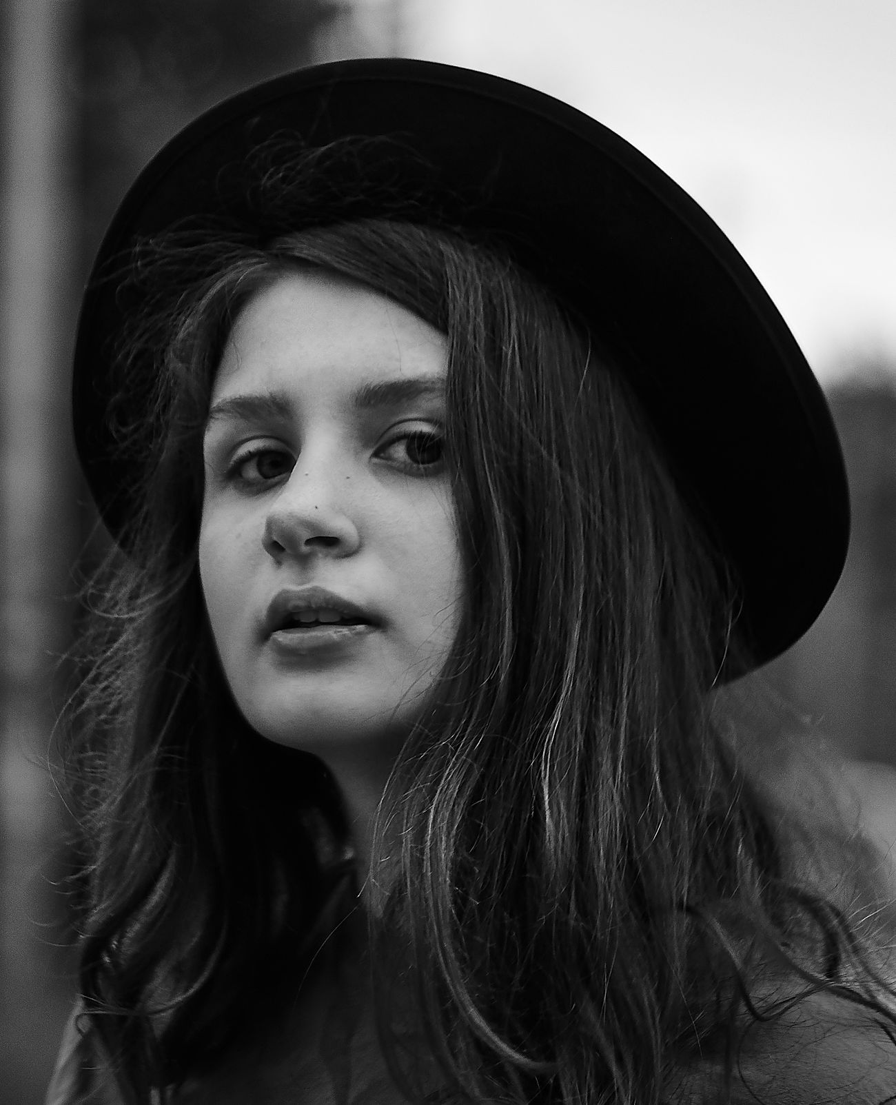 Russia Black And White Portrait Blackandwhite Black And White Photography Blackandwhite Photography Black & White Black And White Black&white Real People Long Hair Serious Young Women Young Adult One Person Beautiful Woman Day Close-up Indoors  Portrait Photography