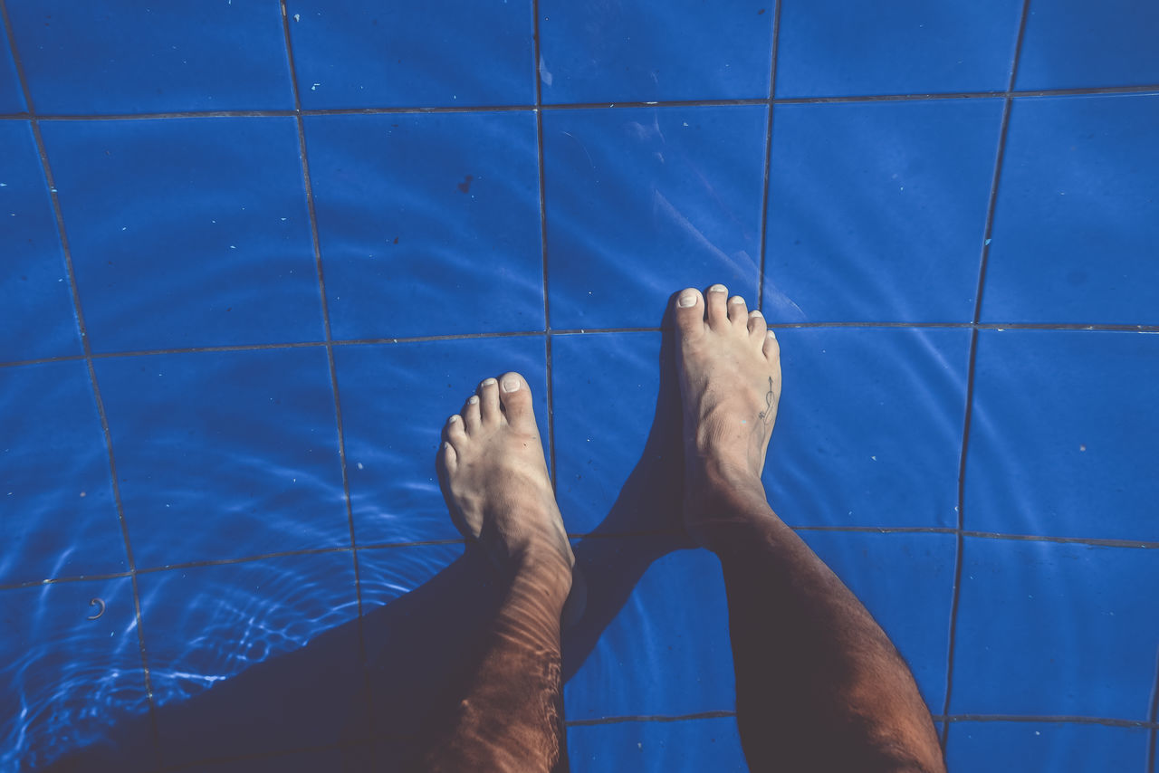 Feet under water view from above. Barefoot Feets From Above  Human Foot Human Leg Inside Inside The Water Lifestyles Low Section Men Outdoors People Pool Swimming Pool Water The Street Photographer - 2017 EyeEm Awards BYOPaper!