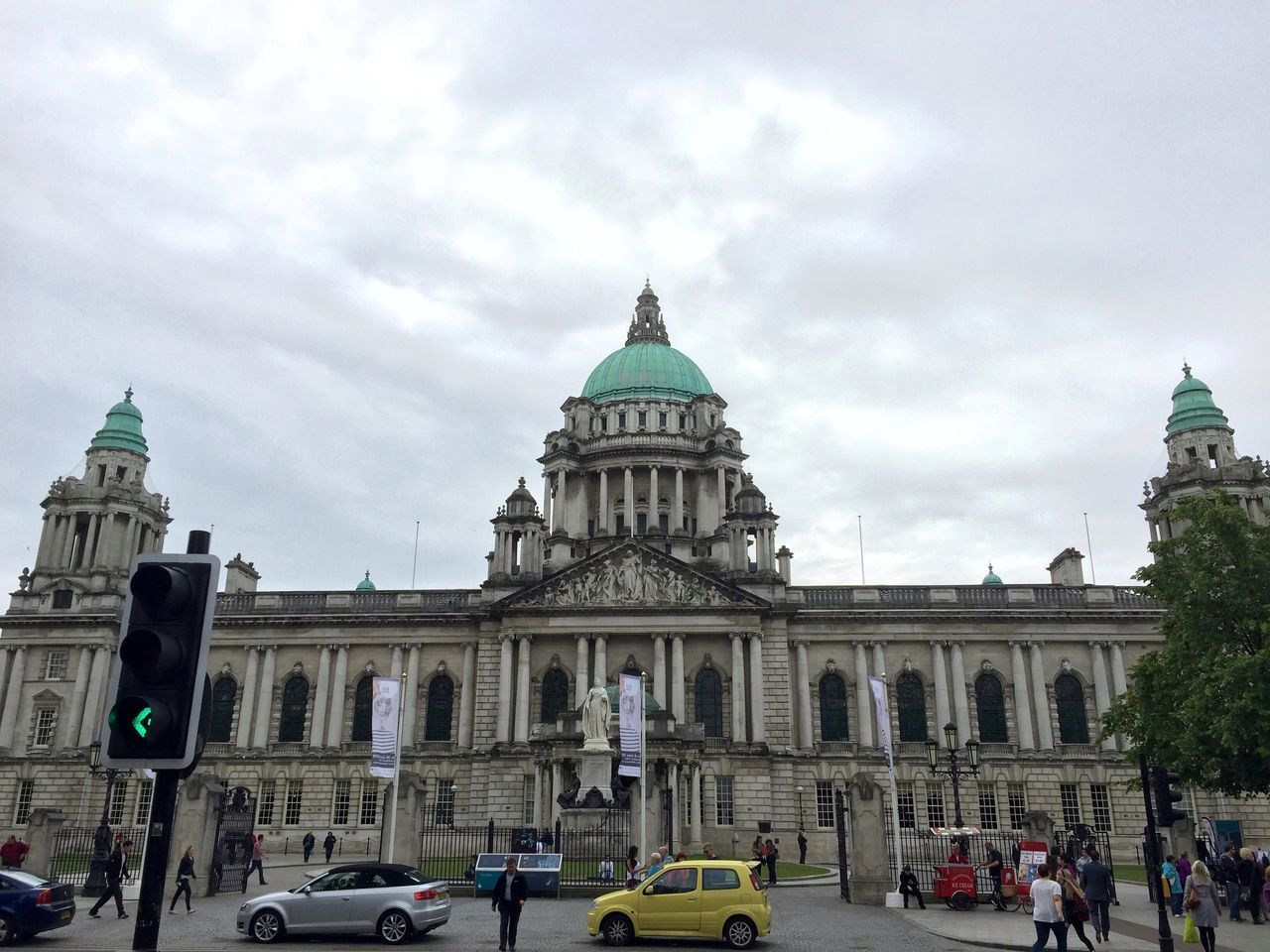 Belfast city hall. Eyeemphoto City Hall Belfast Architecture Amazing Architecture Historical Building Tourist Attraction  EyeEm Best Shots Tourism People Eye4photography  Traffic Traffic Light  EyeEm Tourists EyeEm Gallery Tourist Destination City Transportation Getty X EyeEm City Life Famous Places EyeEm Masterclass