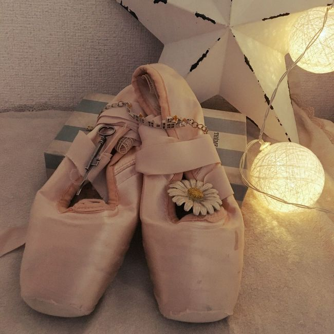 Ballet Shoes。 Flower Ballett Ballet Shoes Acsessories Antique Shabby Chic Room My Room Interior Shabbychique Shabby