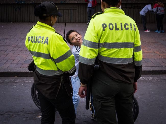 please police Streetphotography Colours Security Bogotá