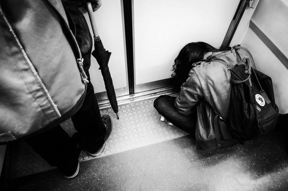 Voidtokyo Long Goodbye Welcome To Black Japan Streetphotography People Blackandwhite Tokyo Black And White Street Photography Streetphoto Streetphoto_bw Streetphotography_bw B&w Street Photography Monochrome Photography The Week Of Eyeem